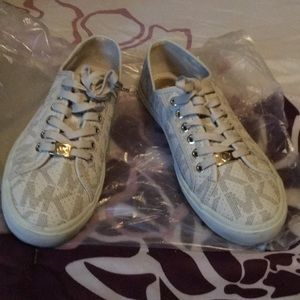 Women's Michael Kors Sneakers size 9 with box
